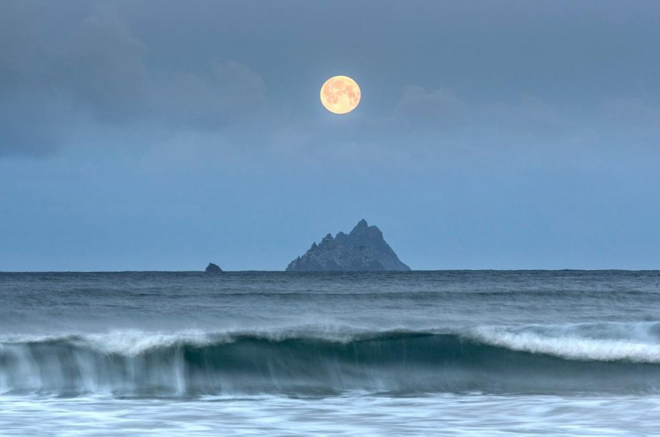 FOCUS ON LEE FILTERS – NORMAN MCCLOSKEY #4 SKELLIG MOON – CO KERRY