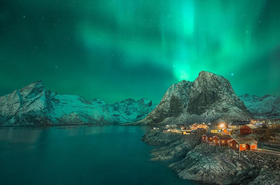 Under the Night Sky – Arctic Light – Peter Gordon – 9th Oct